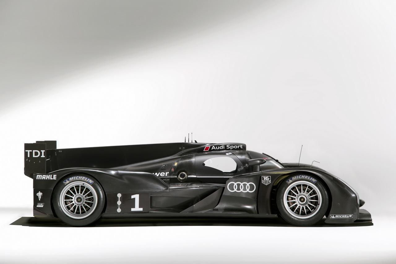 4 Audi R18   Le Mans i űrszekér