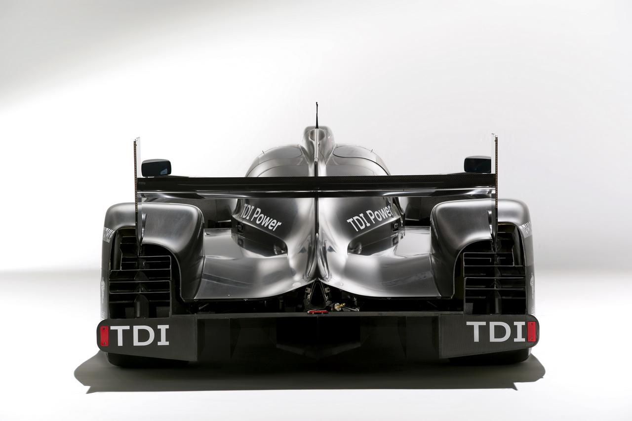 6 Audi R18   Le Mans i űrszekér
