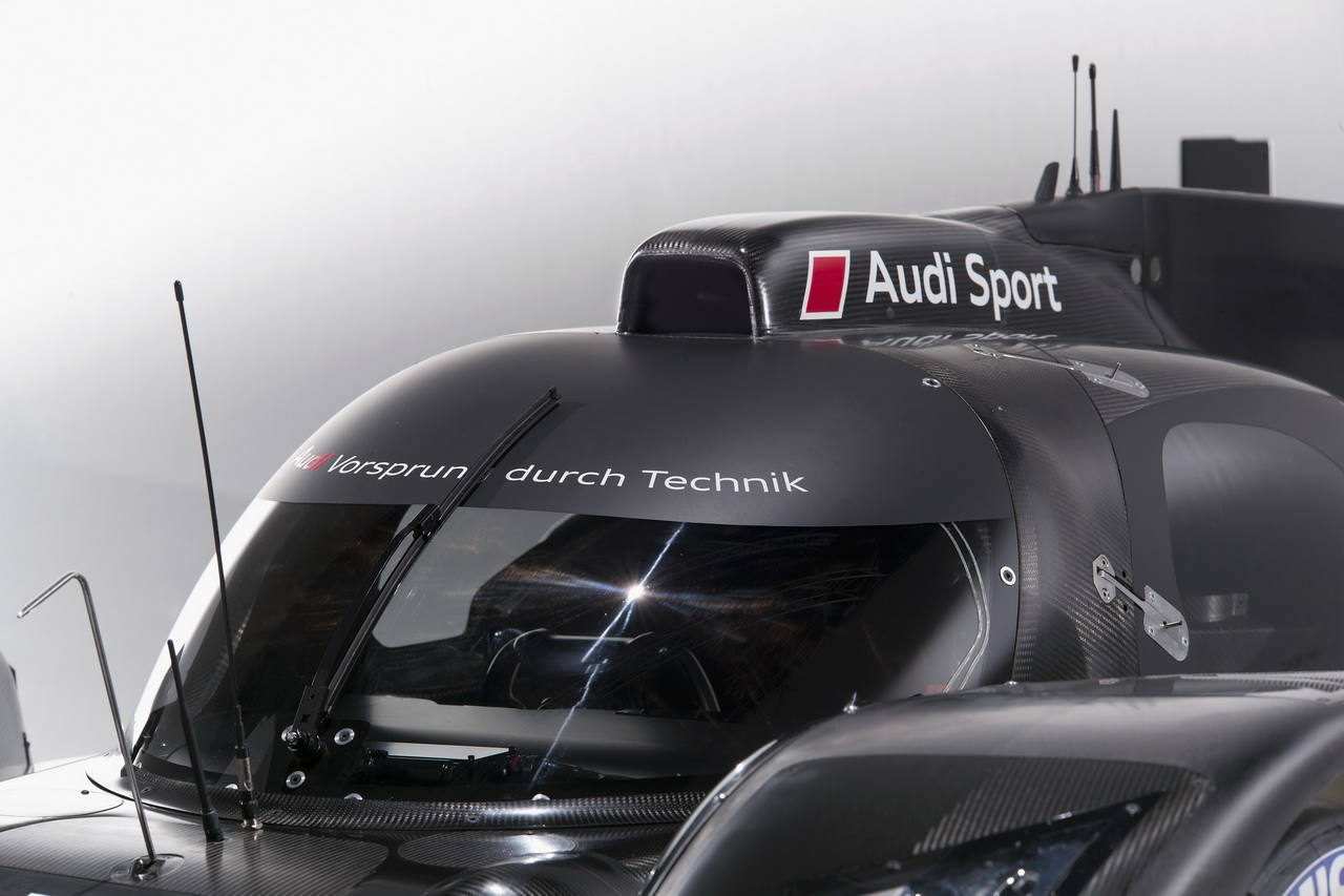 7 Audi R18   Le Mans i űrszekér