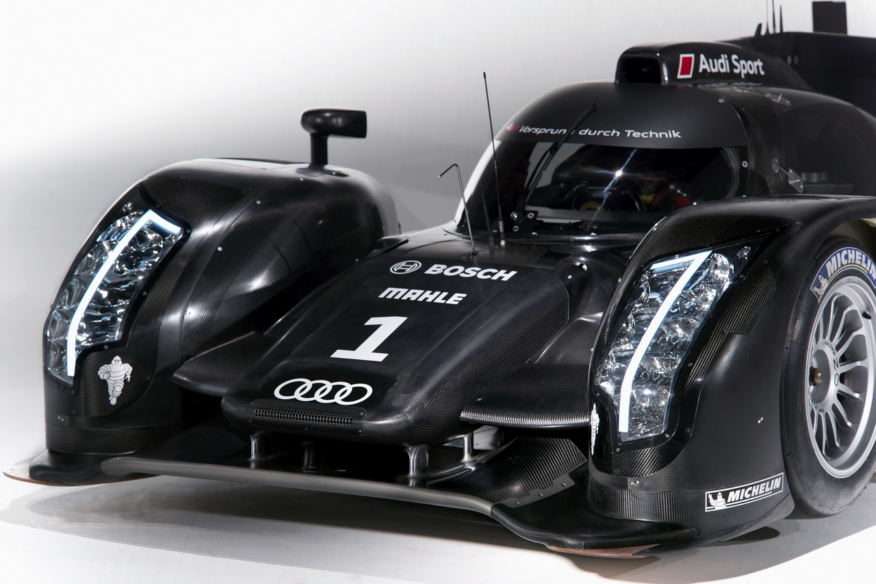 8 Audi R18   Le Mans i űrszekér