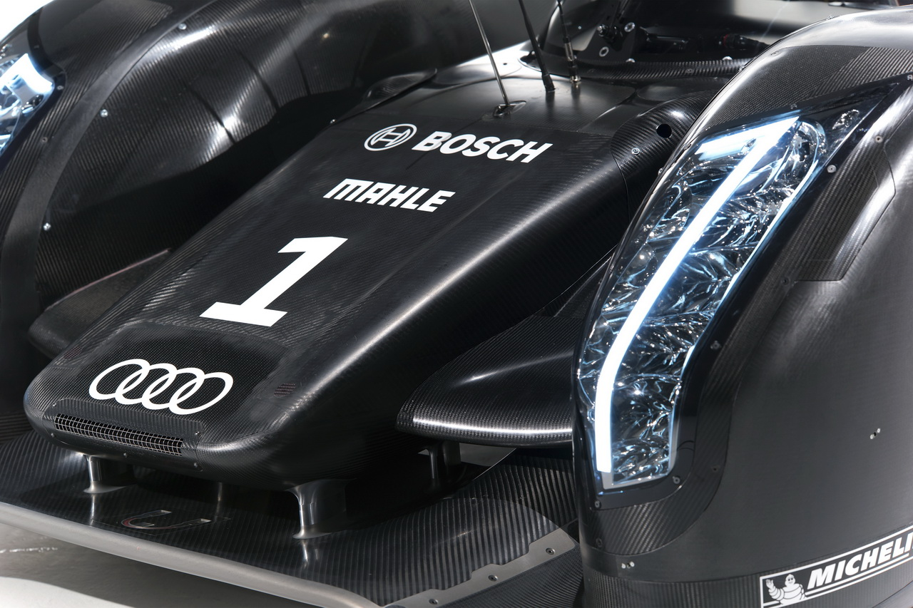 9 Audi R18   Le Mans i űrszekér