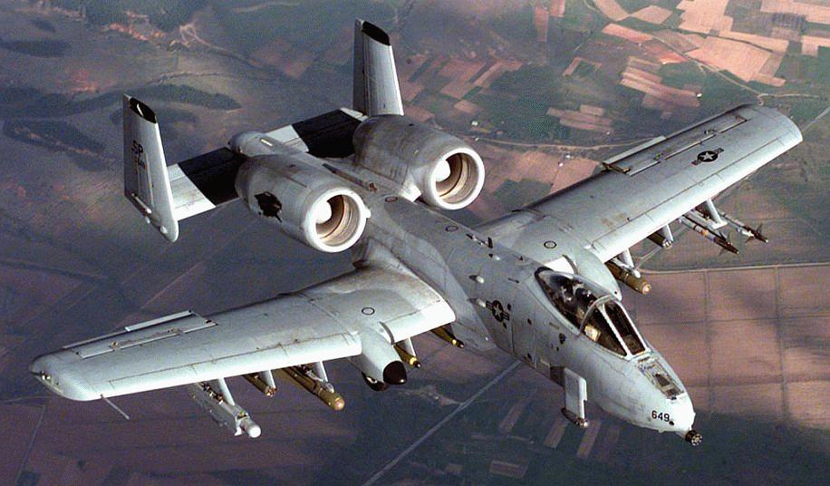 a 10 1 MB&F HM4 Thunderbolt   Pilótaóra másként