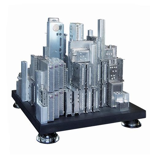 ak8bbc9483 d210 4a44 a35e 6f921487f6fc Metropolisz modellek elektronikai hulladékból