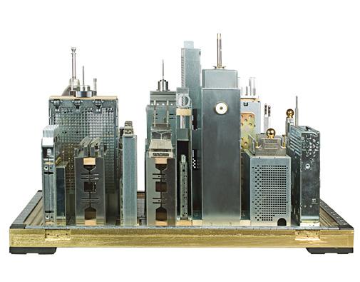 akab440e5f ef95 494c af96 73e72102171c Metropolisz modellek elektronikai hulladékból