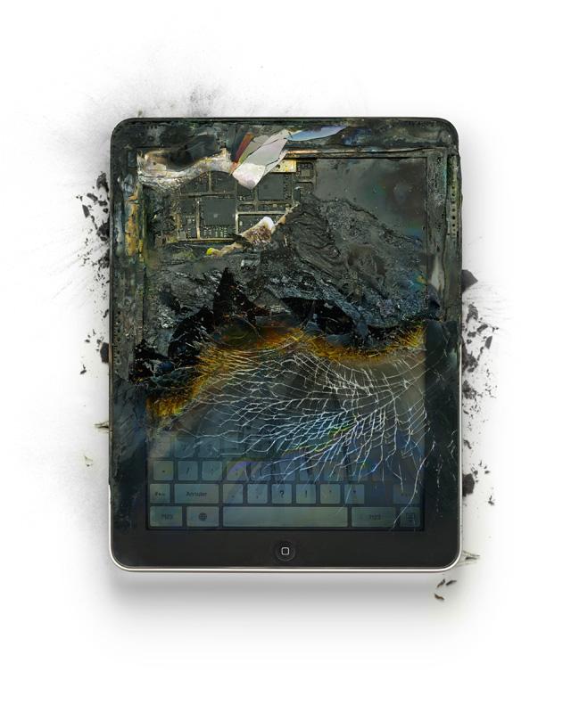 12 of 12LVE Book Burning ART Steve Jobs horrorshow, avagy szeleteljünk almát!