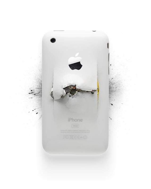 4 of 12LVE Honor Killing ART Steve Jobs horrorshow, avagy szeleteljünk almát!