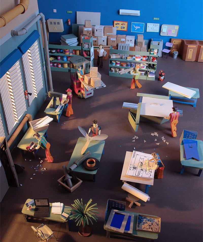 121 Hírességek miniatűr papír modelljei