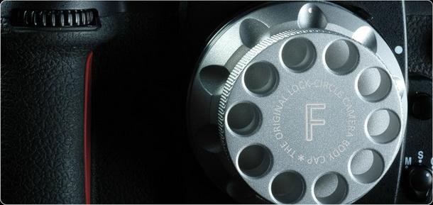 lockcircle dslr cap 1 b resize LockCircle   csúcsminőségű DSLR vázsapka alumínium tömbből